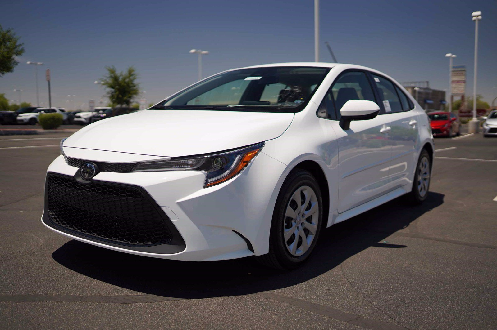 new 2021 toyota corolla le fwd 4dr car